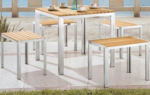 Ưu điểm của bàn ghế gỗ ngoài trời so với các chất liệu khác