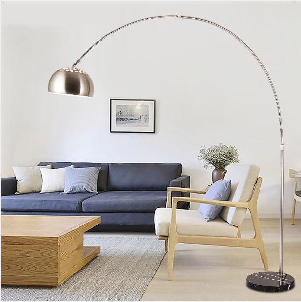 Đèn cây phòng khách nhập khẩu – kiểu dáng tinh xảo